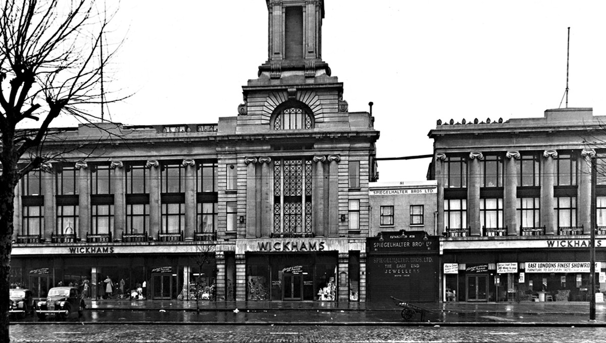 The grand edifice of Wickhams - and the jewllery shop it surrounds