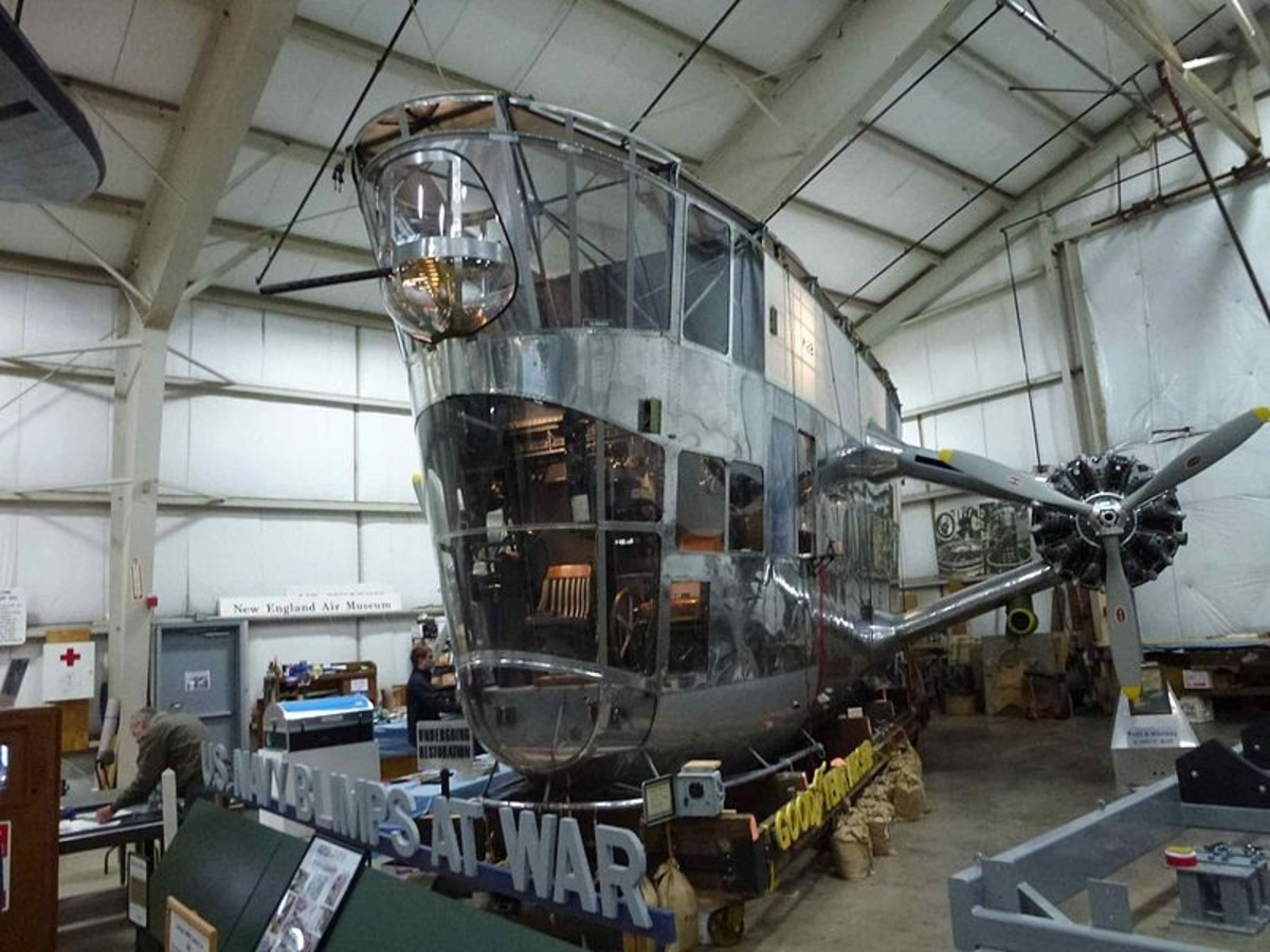 K-class gondola (control car) at the New England Air Museum. Note the 50 caliber machine gun up in the top front blister.