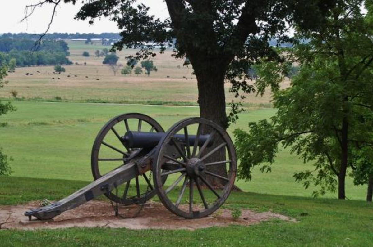 "Confederate cannon facing the Union advance on the field below the ridge of Confederate defenses.  ""Crawford's Prairie"""