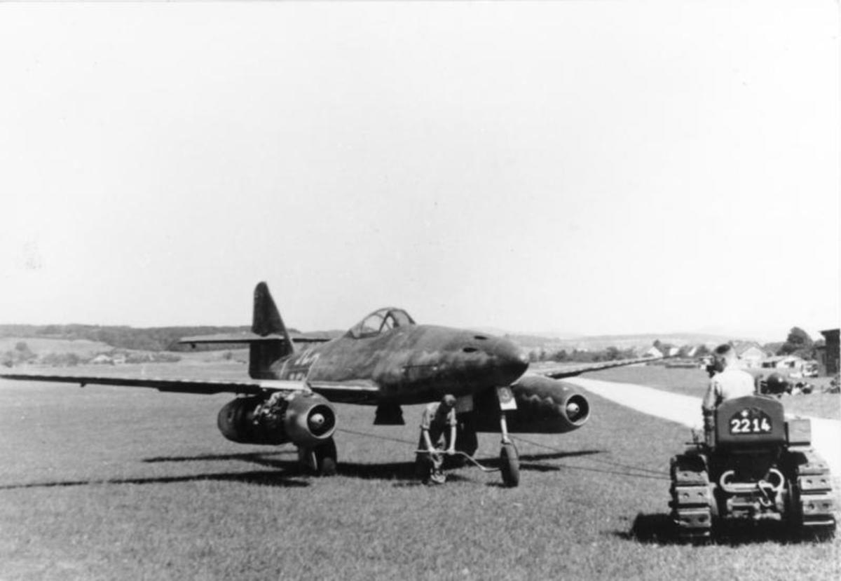 The Messerschmitt me262 the first operational jet fighter  used by the Luftwaffe late in the Second World War to few were produced to make a difference in the war.