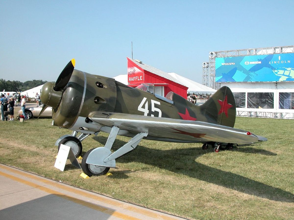 The Soviet Air Force I-16 fighters were not a match for the modern German Messerschmitt Bf109s.
