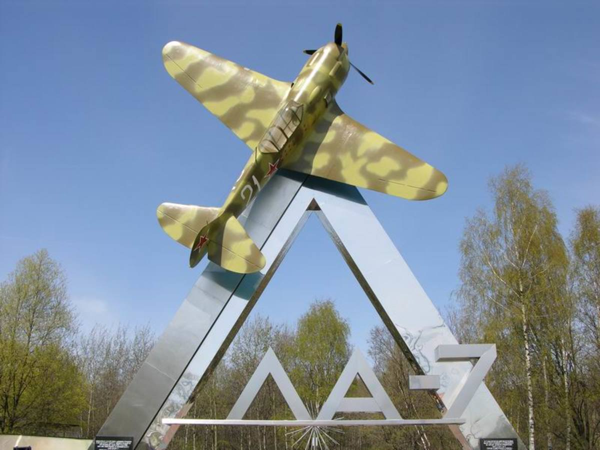 Lavochkin La-7 it was built to replace the slower La-5 and the last of that model aircraft it was first used in battle in 1944.