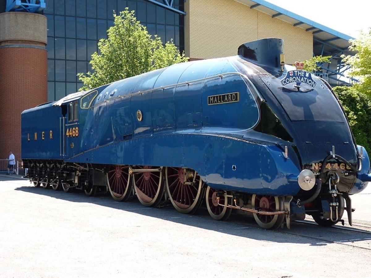 Mallard - beautifully sleek engine, my favourite