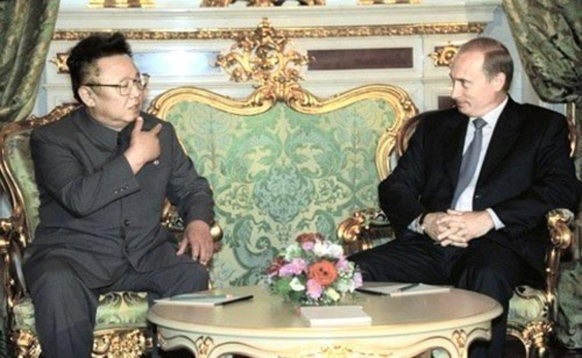 Two dictators meet. Kim Jong-il with Russia's Vladimir Putin.