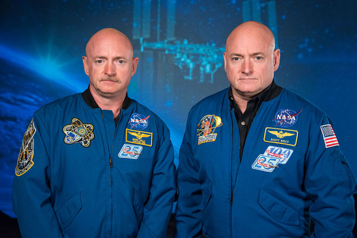 NASA Expedition 45/46 Commander, Astronaut Scott Kelly (right) along with his brother, former Astronaut Mark Kelly.