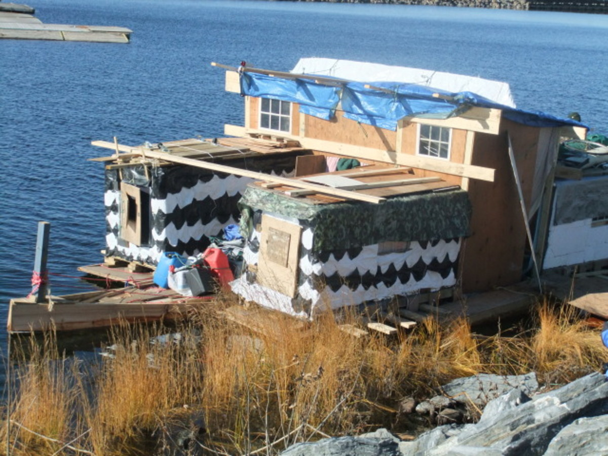 The Sea Owl under construction in Vermont.