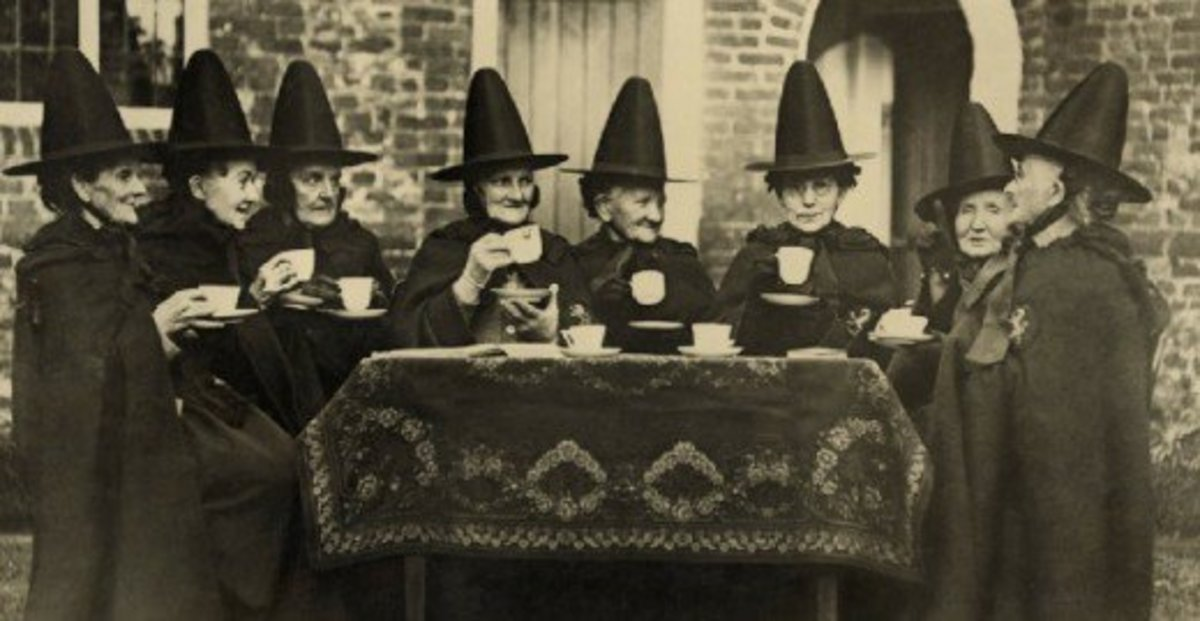 """American """"witches"""" at Halloween, early 1900s."""
