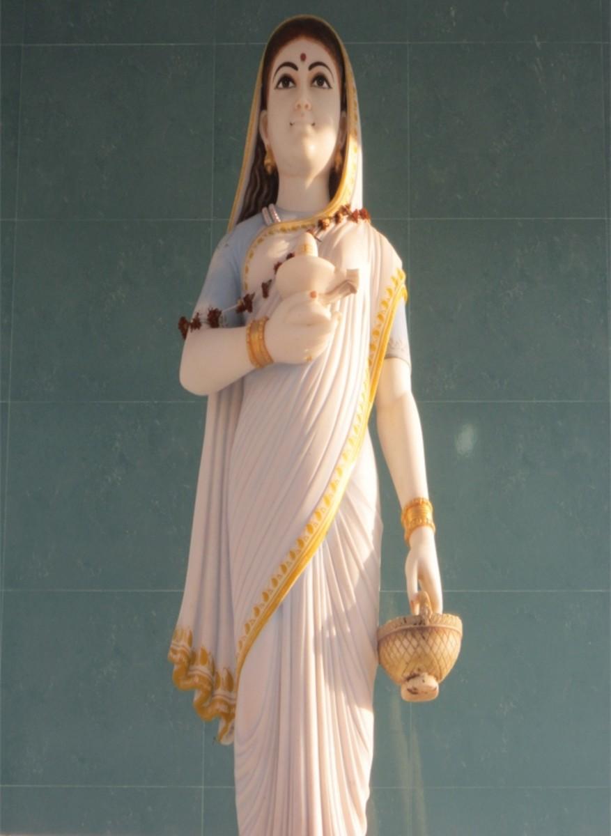 Ahilyabai Holkar: Queen of Malwa (1725 - 1795)