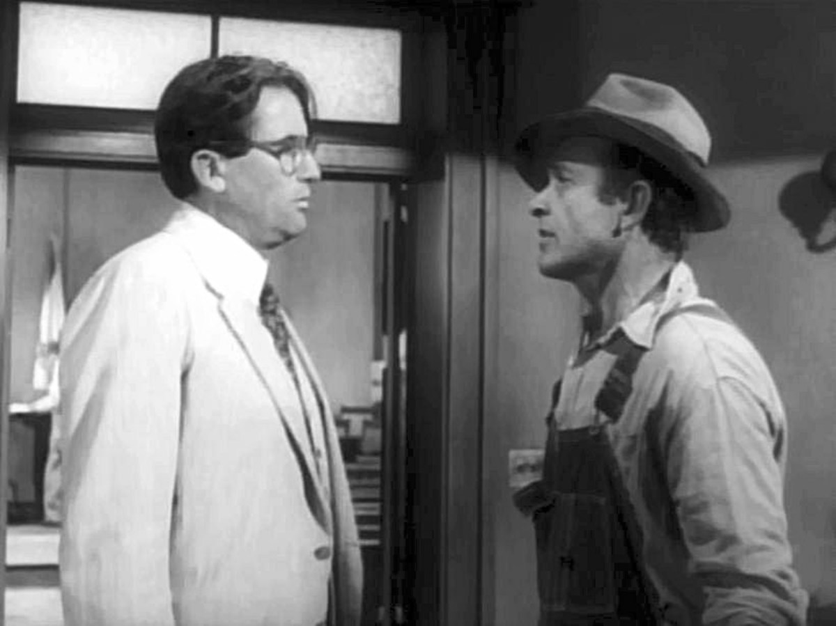 Gregory Peck (left) & James Anderson in (1962) To Kill a Mockingbird - trailer
