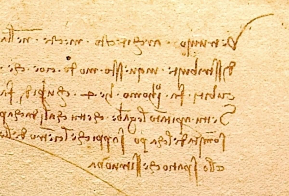 Leonardo da Vinci's backwards writing.