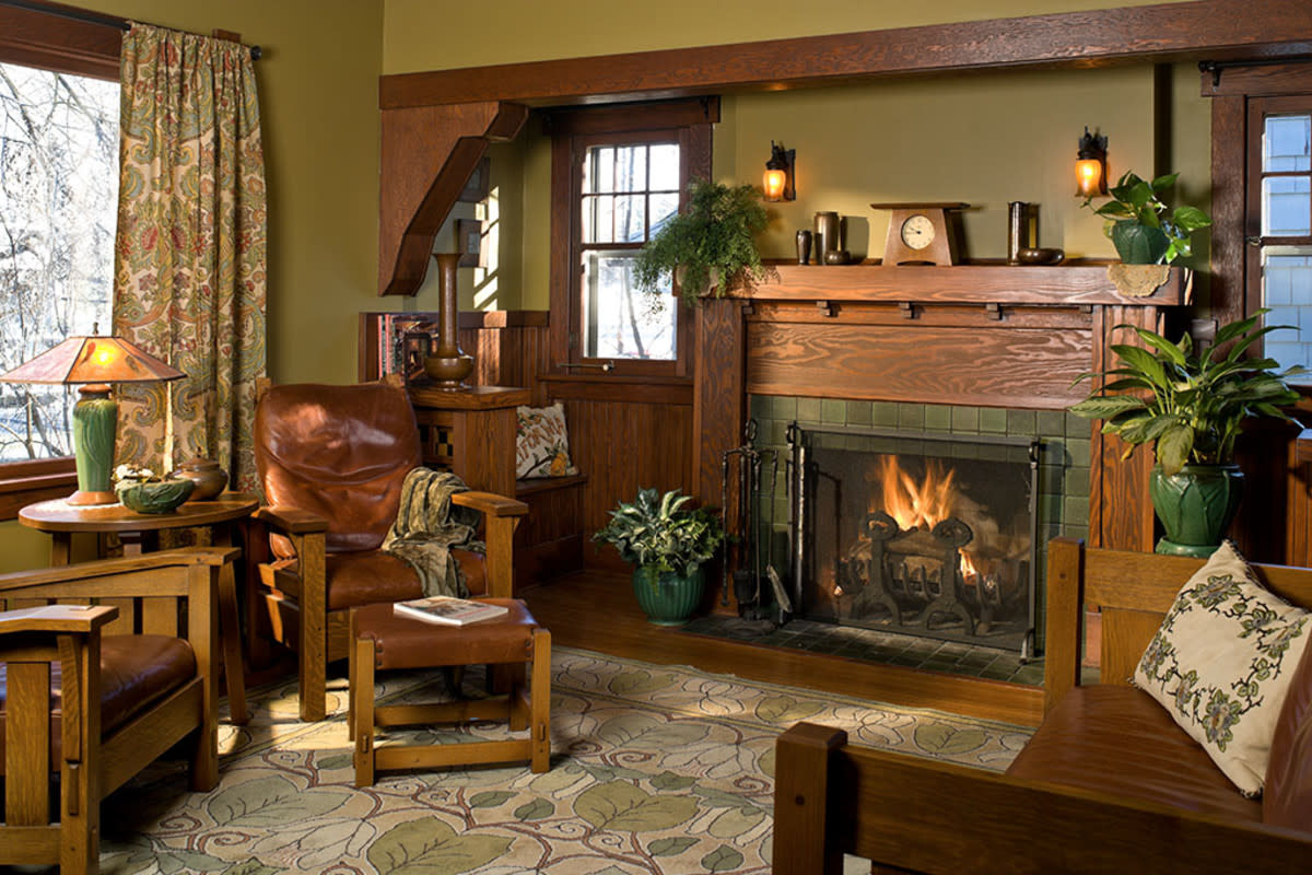 Earthy colors work very well with warm oak woodwork.