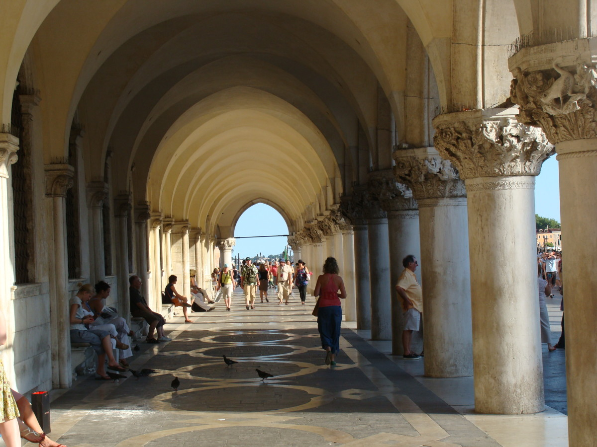 Saying Hello Is the Best Way to Get to Know the People of Italy