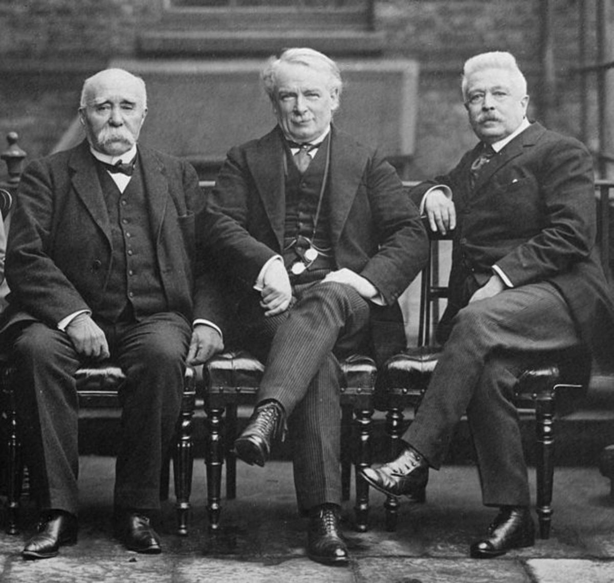 Clemenceau (left) and Lloyd George (centre) with Italian Prime Minister Vittorio Orlando.
