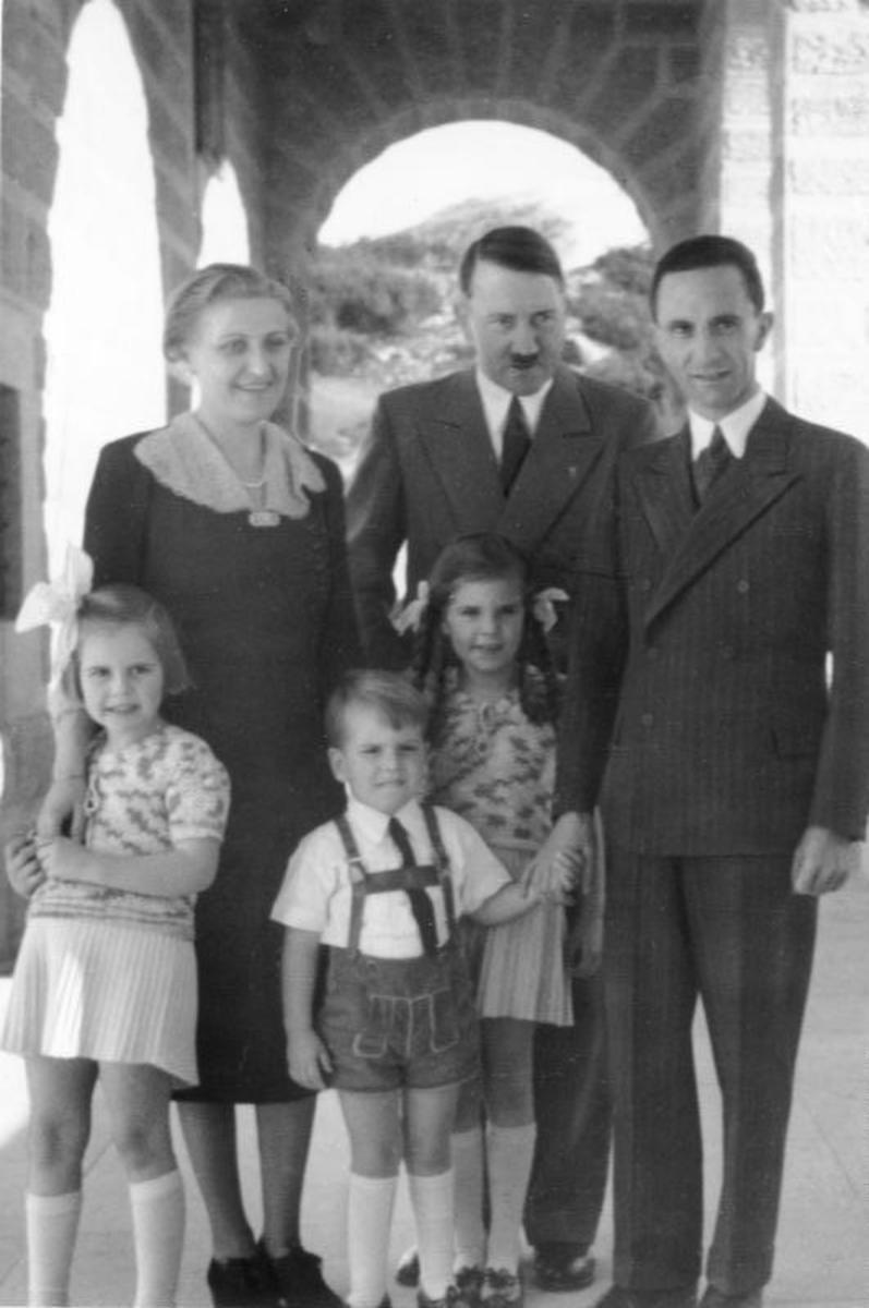 Post-reconciliation picture ordered by Hitler