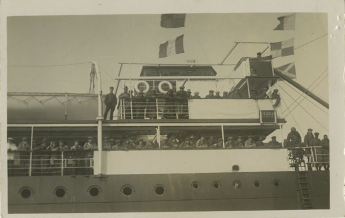 The first 500, Newfoundland Regiment on the SS Florizel, St. John's, Newfoundland, before leaving for the war in Europe.