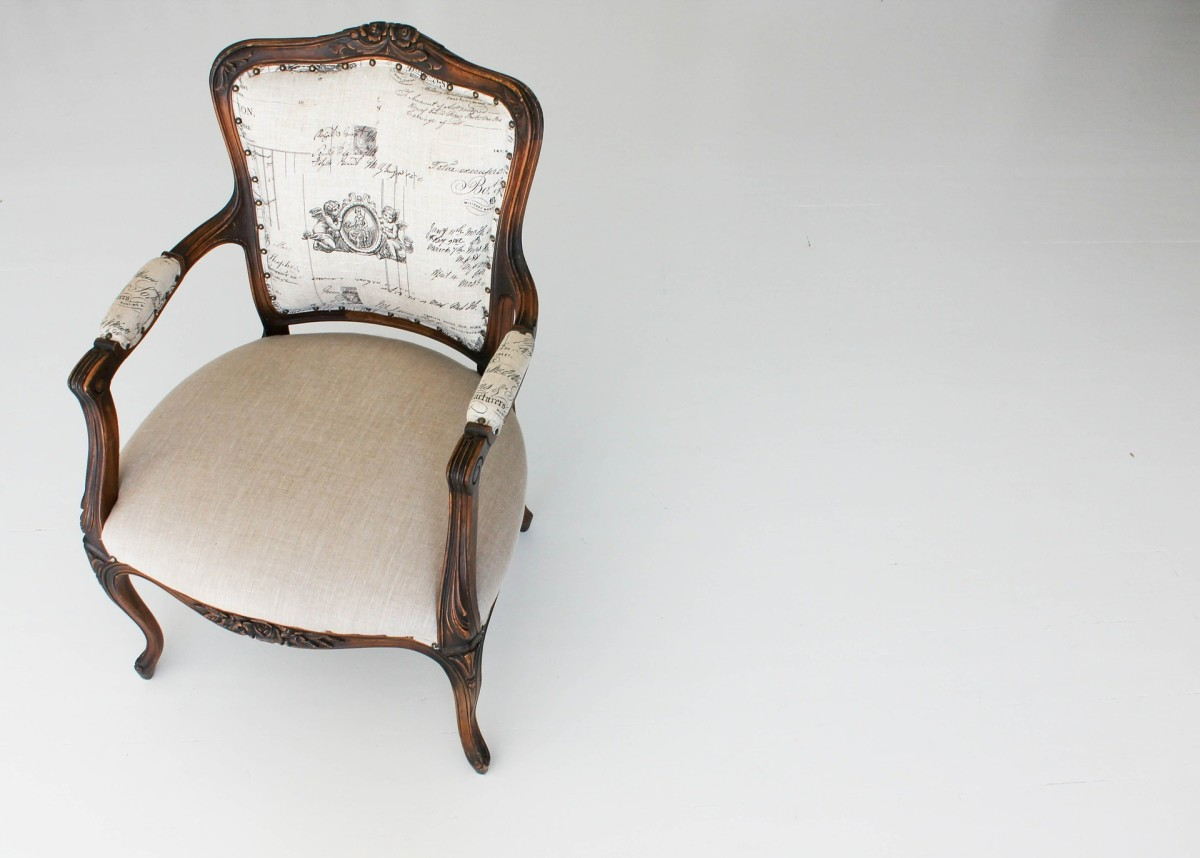 Chair Kursi कुर्सी