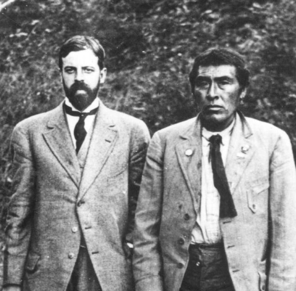 Alfred L. Kroeber (left) with Ishi.