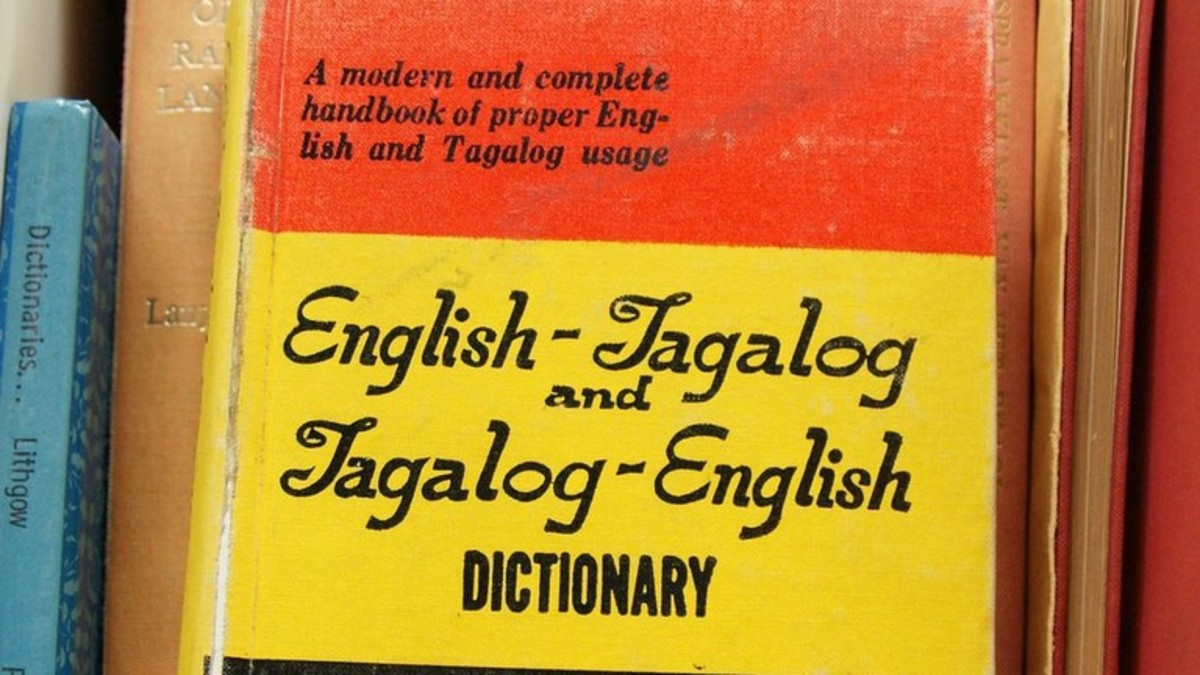 English to Tagalog and Tagalog to English Dicitionary. Photo by Romana via Klee/Flickr