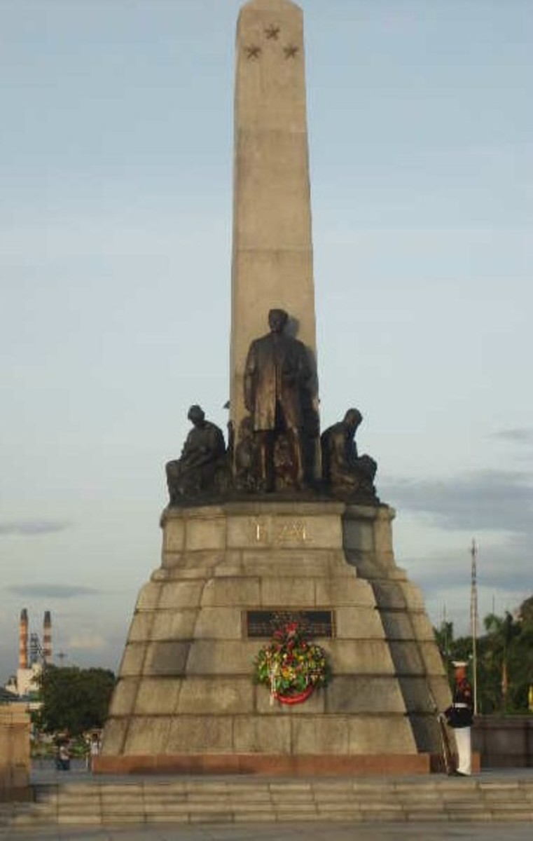 The Rizal monument was created by a Swiss sculptor named Richard Kissling. The site is guarded 24 hours a day 7 days a week by ceremonial soldiers known as Kabalyeros de Rizal.
