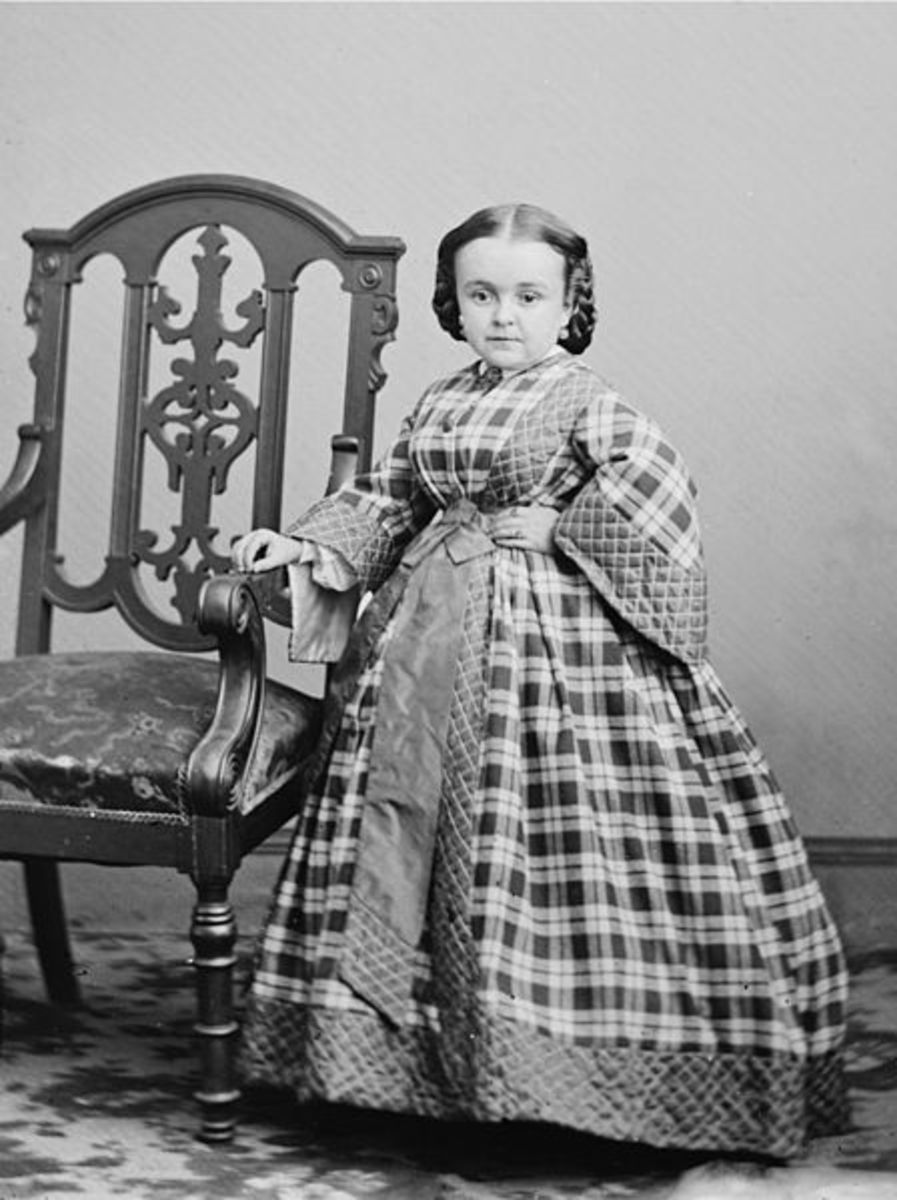 Lavinia Warren, little person who performed in Ohio sideshows.