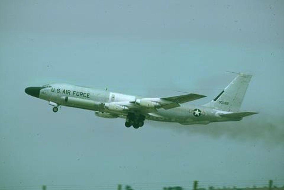 RC-135 RIVET BRASS in flight