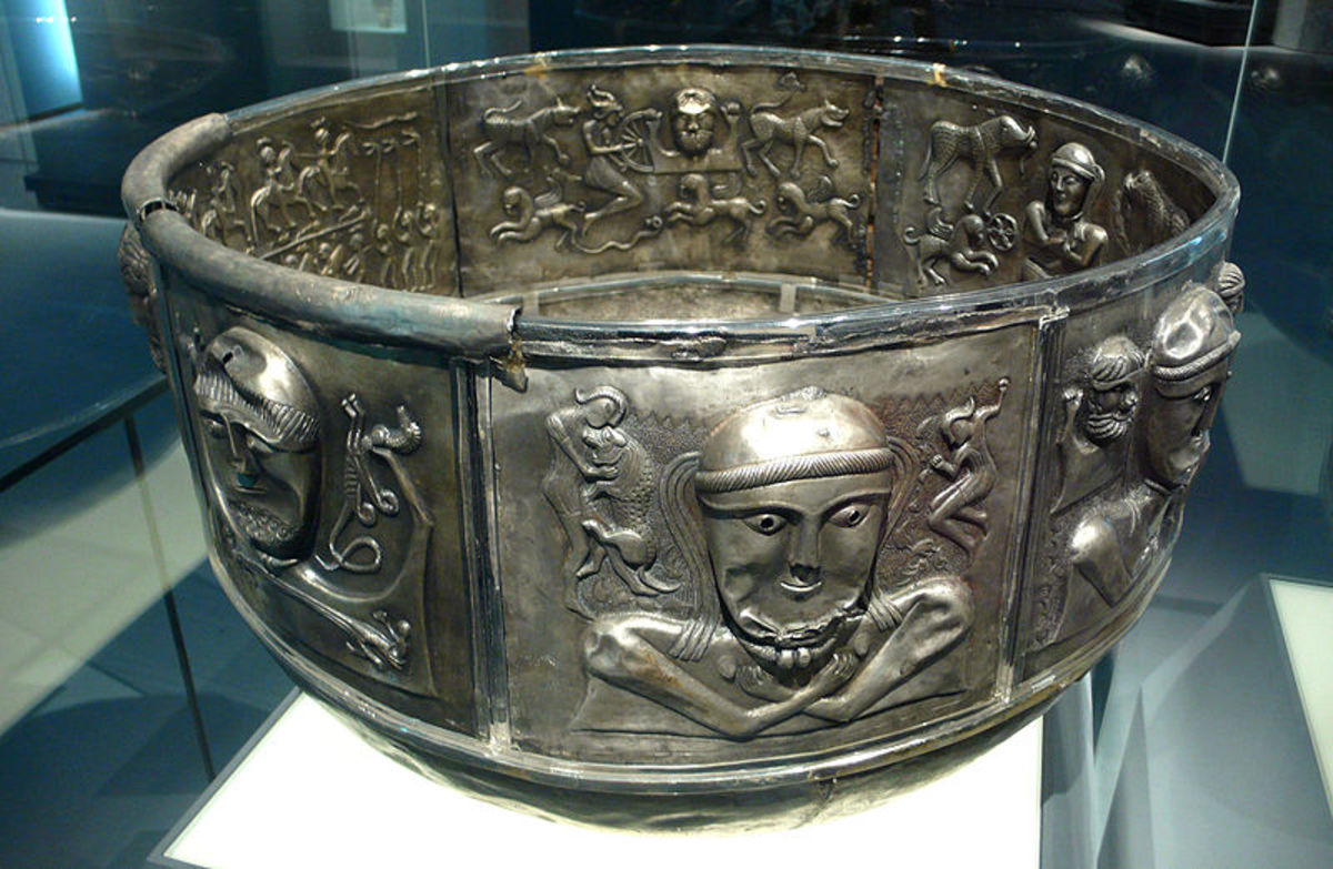 Gundestrup Cauldron 150-0 BC. Source: Rosimani - wikicommons
