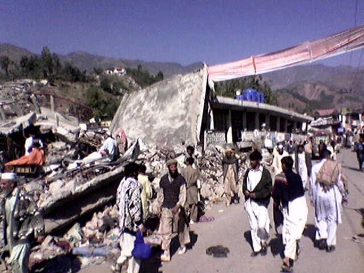 Earthquake in Pakistan (2005).