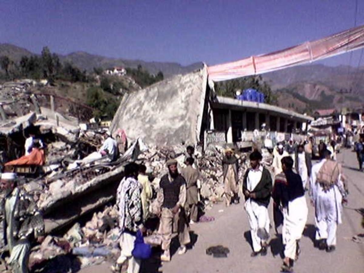 Earthquake in Pakistan (2005).