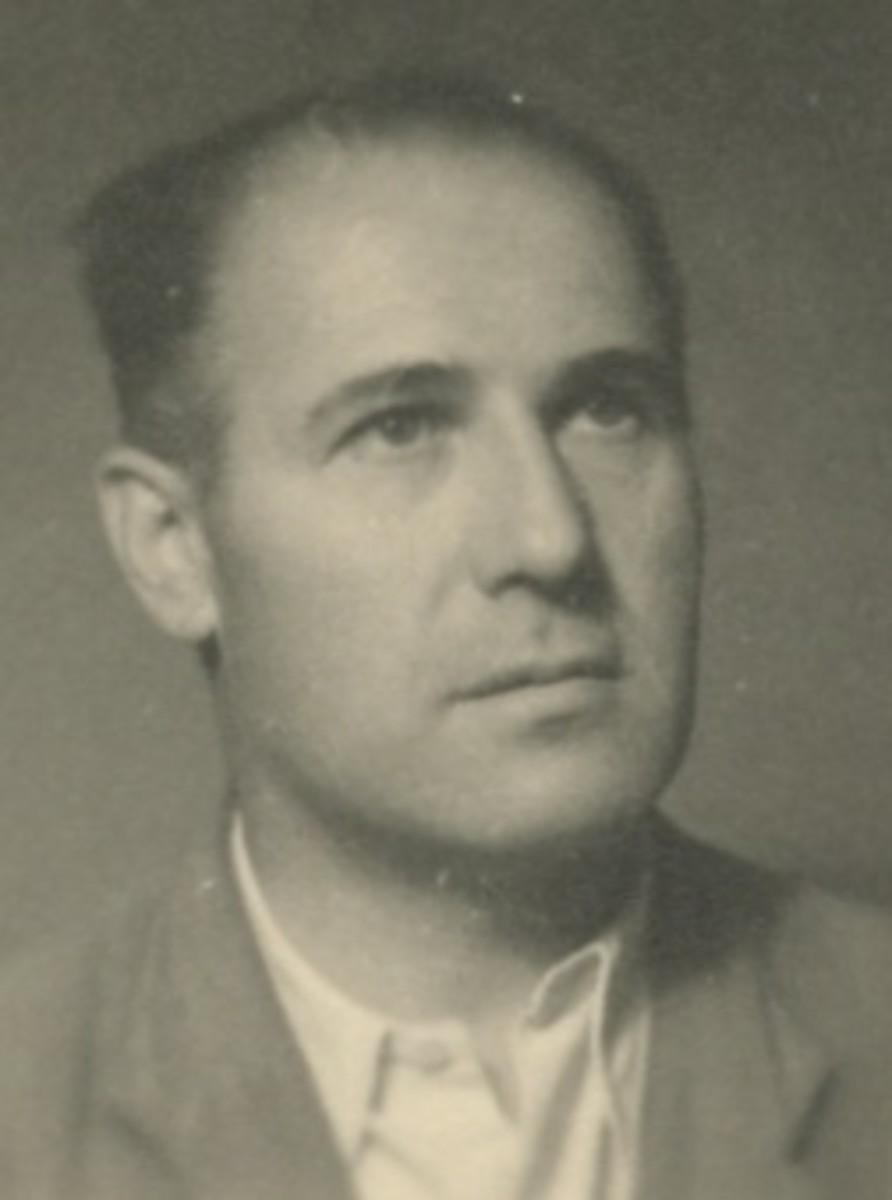 Dragoslav Radisavljevic around 1950