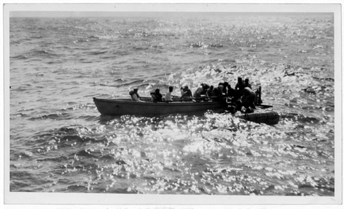 Whaler of HMS Capetown rescuing survivors of HMS Valerian 1926