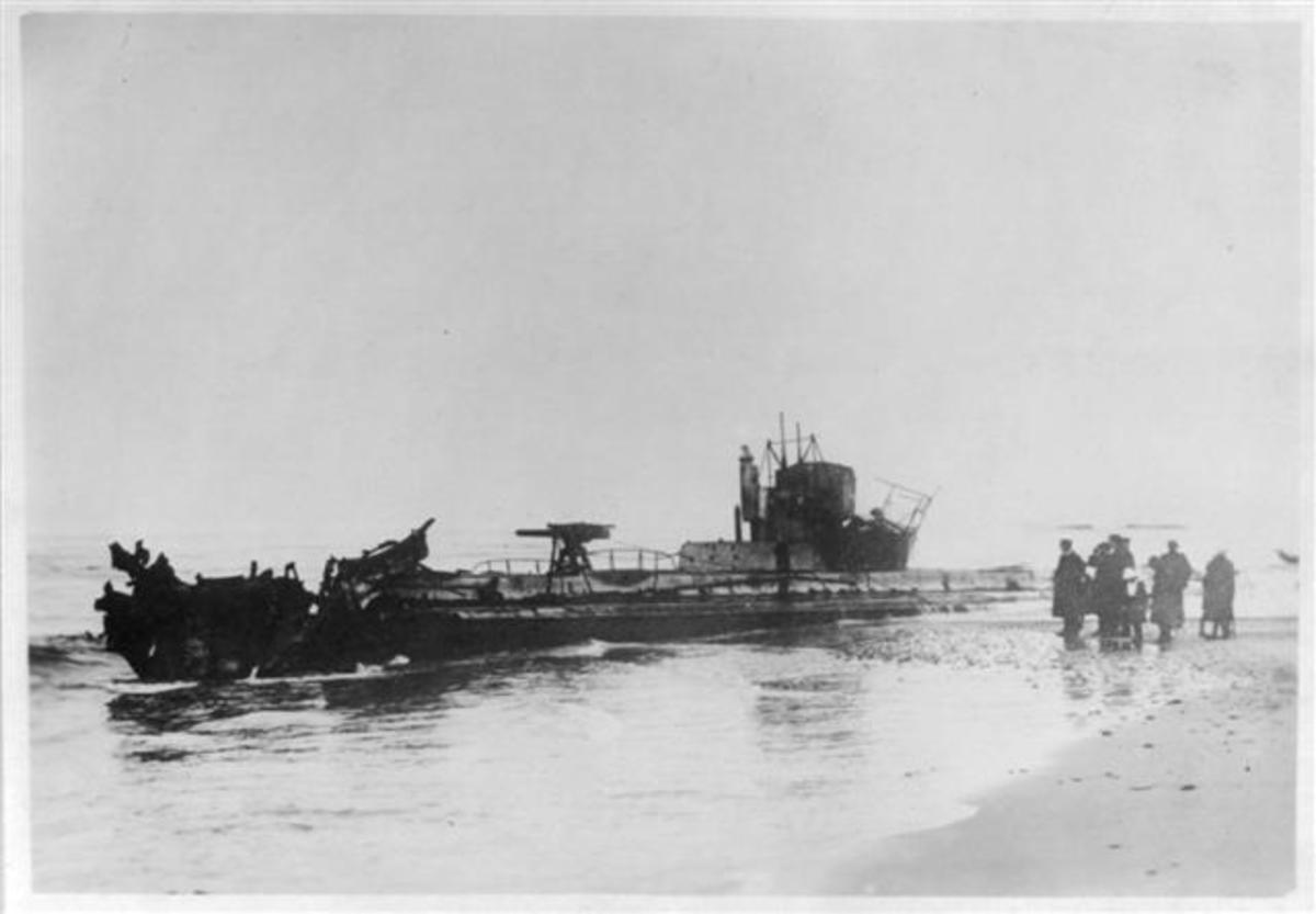 U-20 ran aground and was torpedoed to prevent her from falling into enemy hands