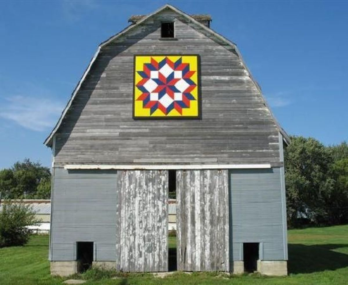 An example of a barn quilt, not to be confused with the Dutch hex sign.