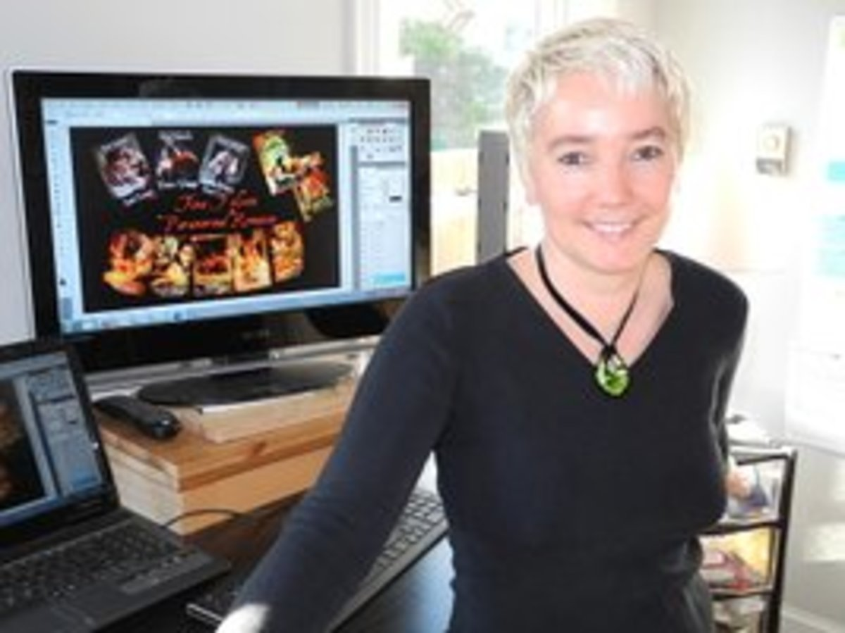 Tina Folsom posting in front of a computer screen with her Scanguards series covers displayed.