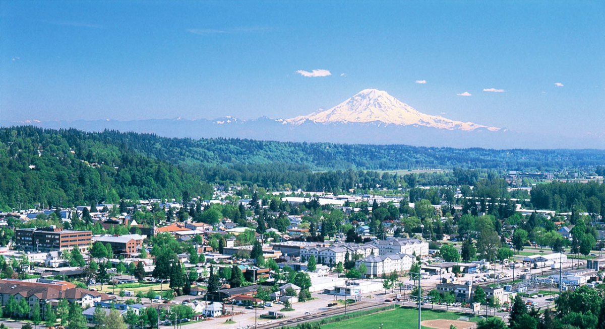 Kent Washington, the Seattle metro area city where Doug Hansen was employed as a postal worker.  Is it possible that mighty Mt. Rainier looming in the background could have inspired Doug's mountaineering?