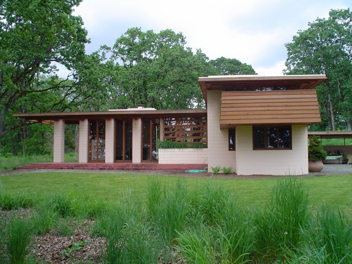 The Gordon House by architect Frank Lloyd Wright, located in Silverton, Oregon, United States.