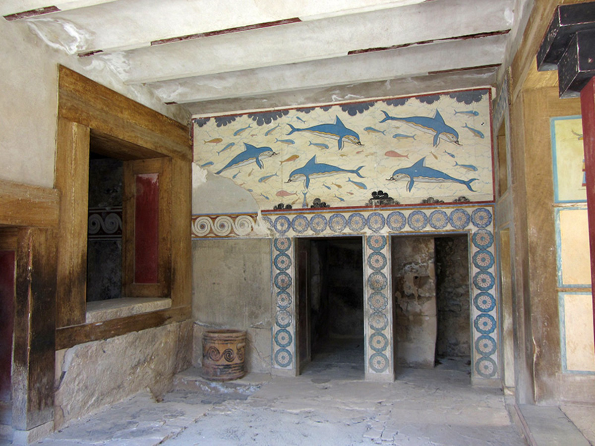 The interior of the Palace of Knossos. Complicated, narrow corridors give the impression that a labyrinth indeed existed here.