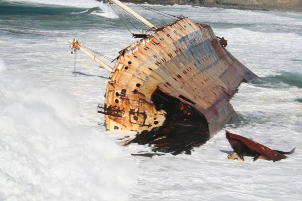 2006. The wreck rolls over and the superstructure breaks off and sinks.