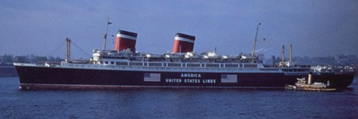 The SS America in the early days of WW2. Since the US was neutral until 12/7/41, large flags and letters were painted on the side of all US civilian vessels as a deterrent for german U-boats.