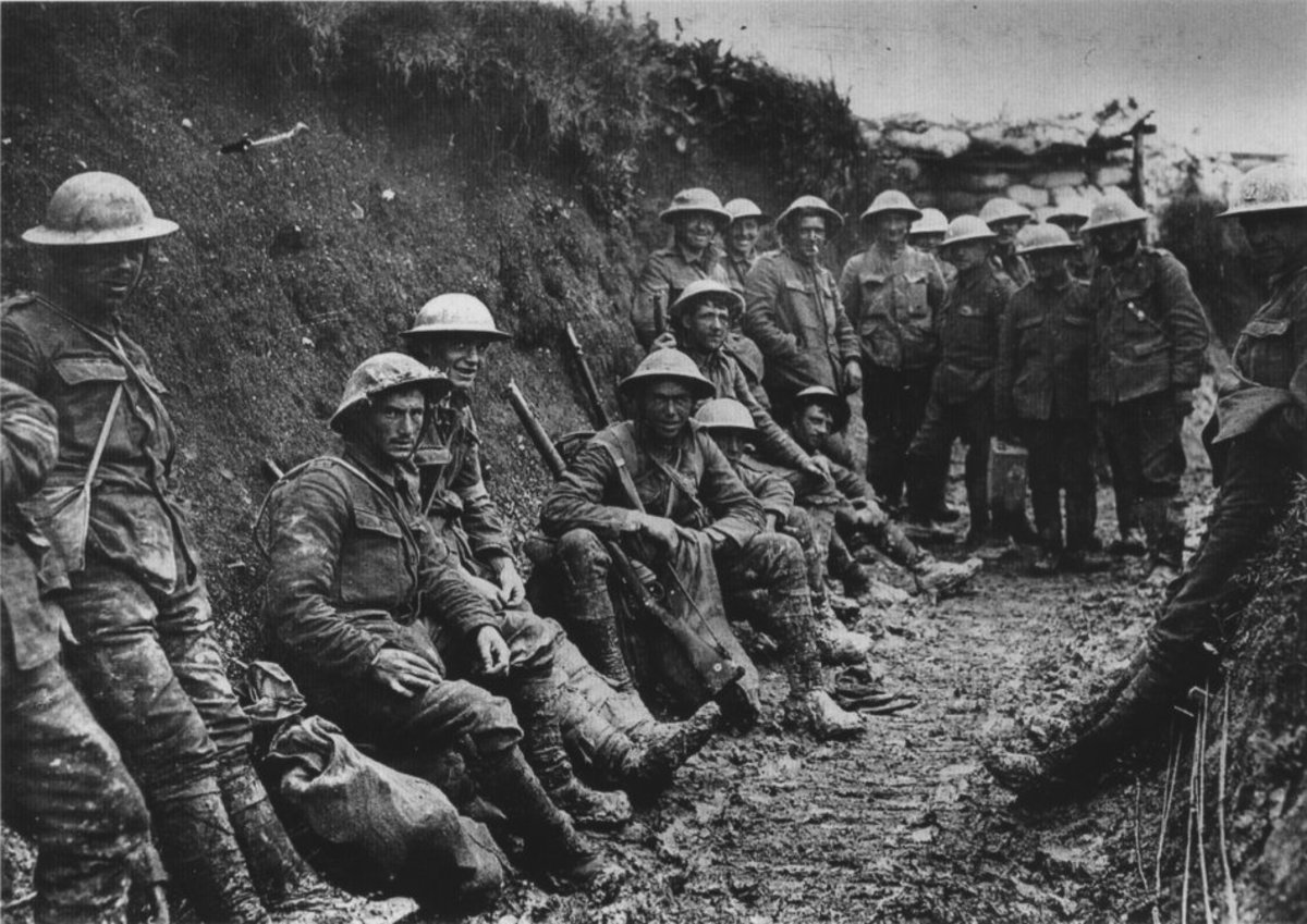 British troops in the trenches on the Western Front 1916.