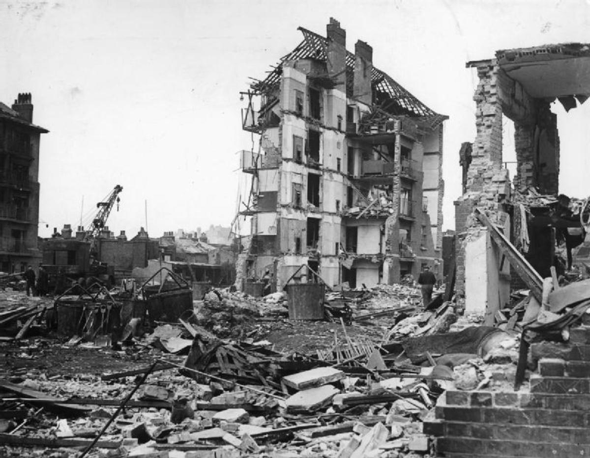 V-2 damage in London spring 1945.