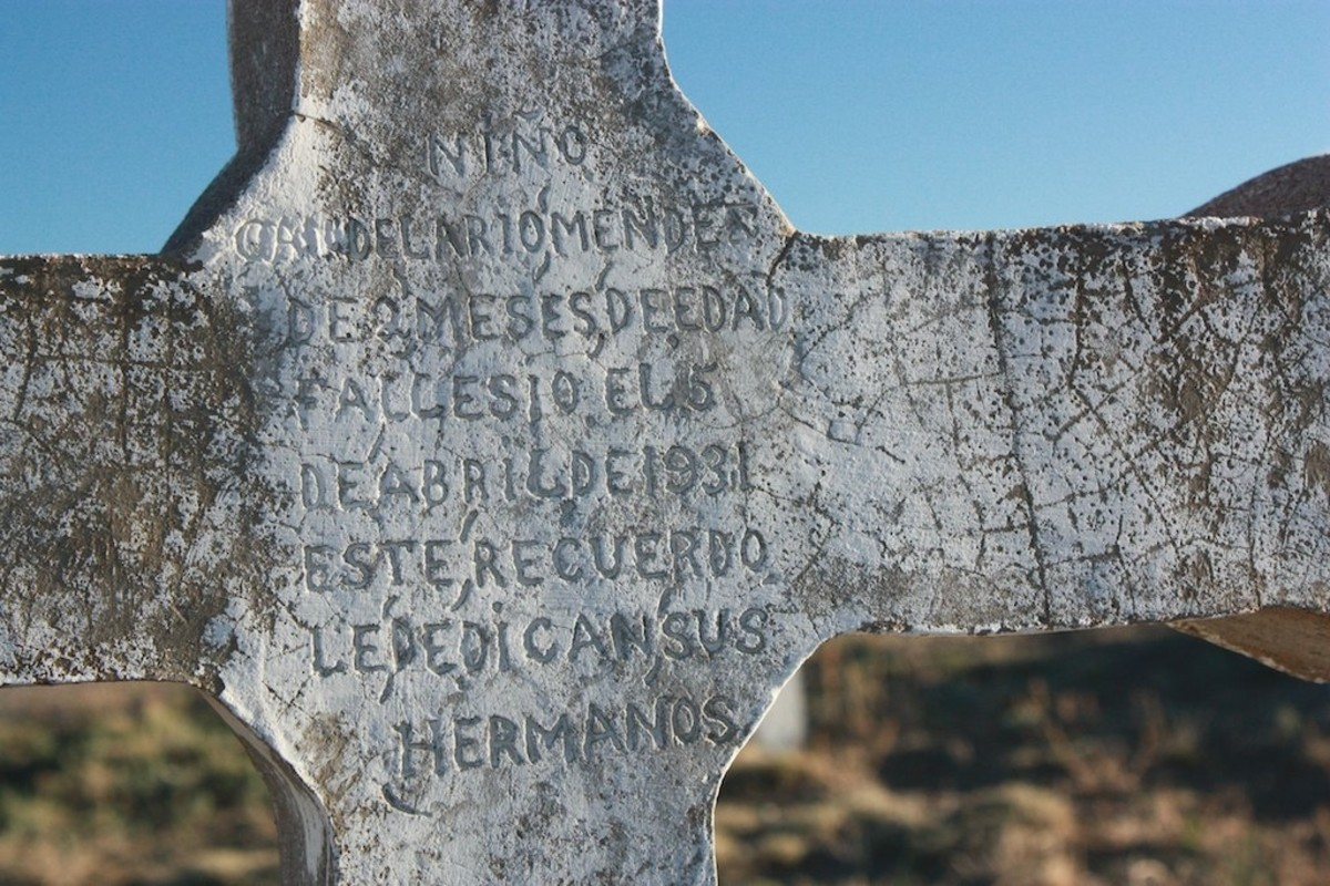 Hand-made headstone at the San Juan Bautista Cemetery