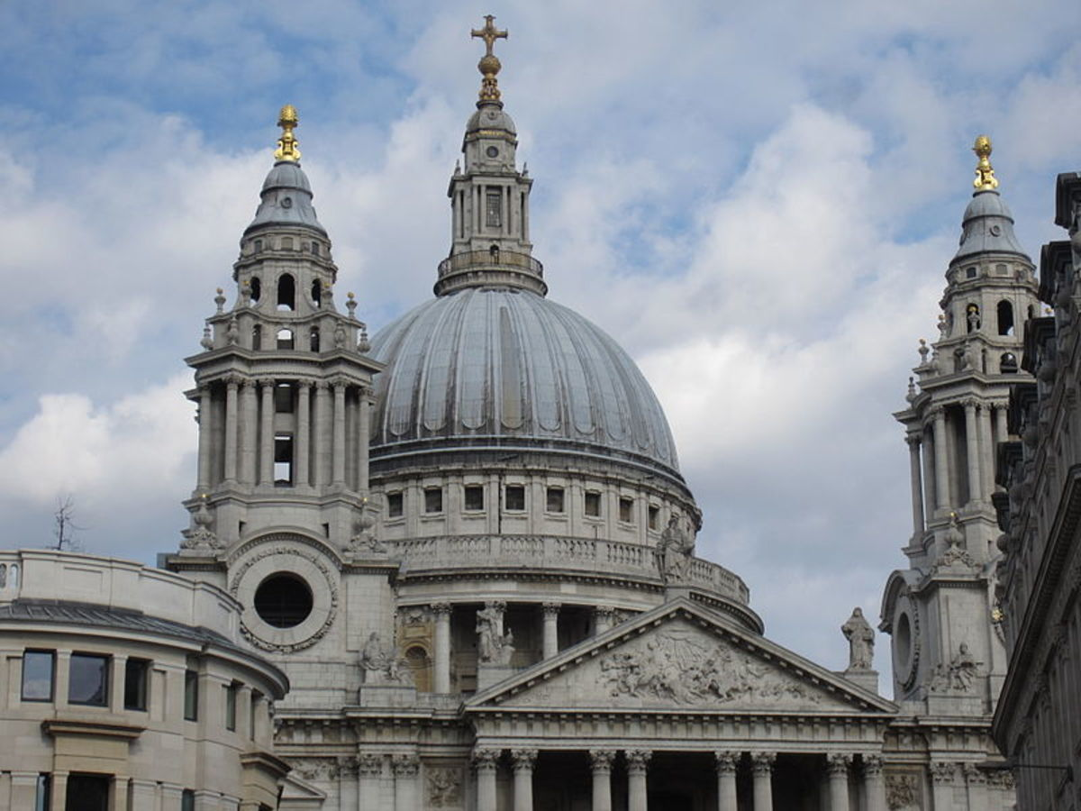 St. Paul's Cathedral, London By Another Believer (Own work) [CC BY-SA 4.0 (https://creativecommons.org/licenses/by-sa/4.0)], via Wikimedia Commons