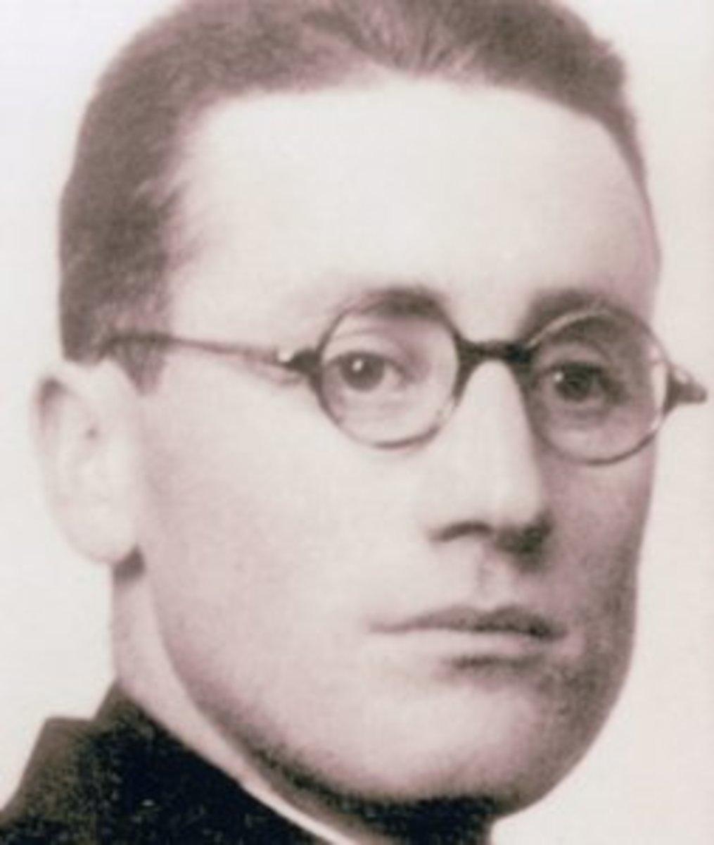 Jose Maria Arizmendiarrieta.