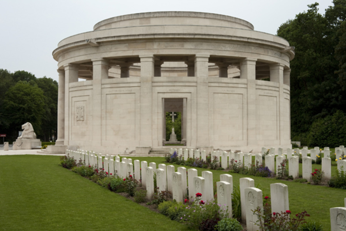 The Ploegsteert Memorial in which Barnard Beechey is honoured.