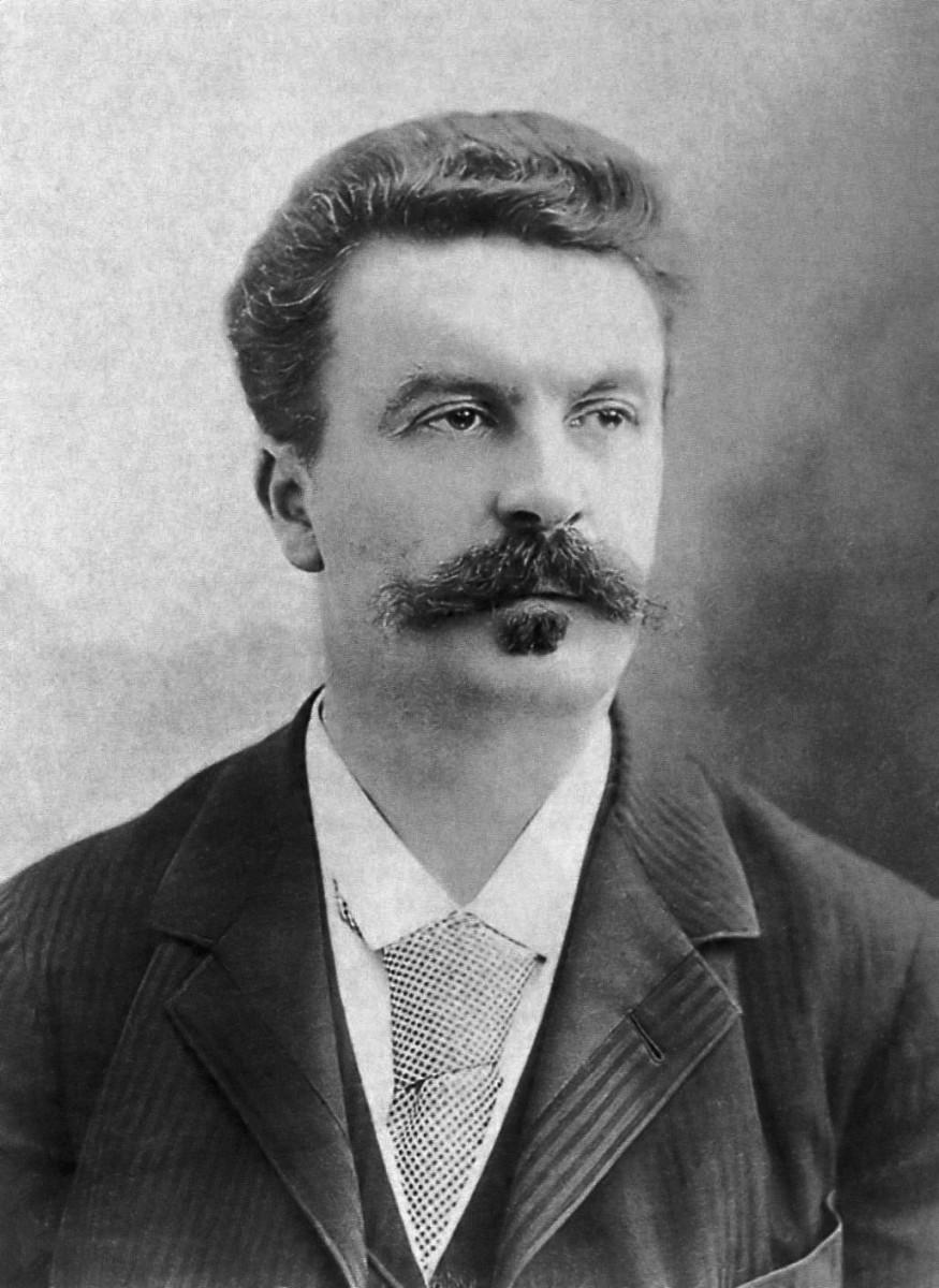 Guy de Maupassant byFélix Nadar, 1888