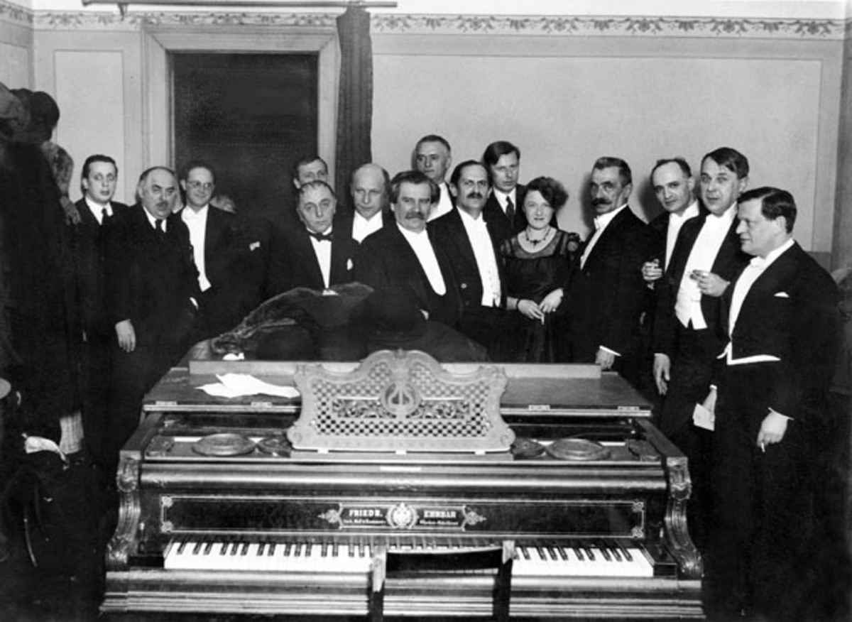 Poets and writers of Nyugat at the Liszt Ferenc Academy of Music