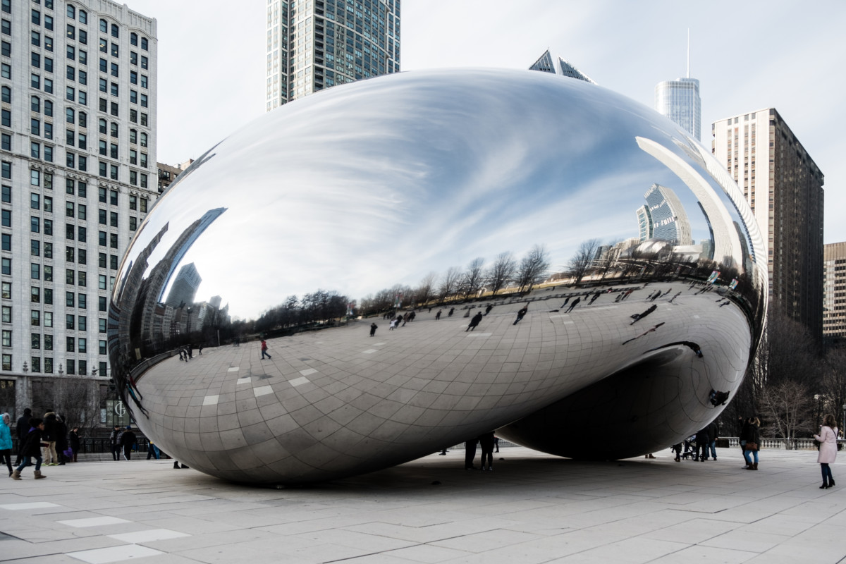 "The Cloud Gate (aka ""The Bean"") in Millennium Park, designed by artist Anish Kapoor."