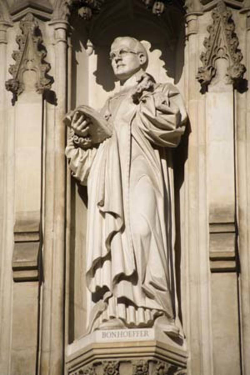 Statue of Dietrich Bonhoeffer at Westminster Abby