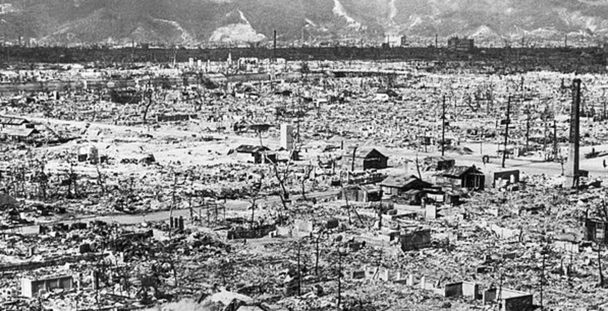 The effects of the bombing of Hiroshima. Current nuclear warheads are up to 3,000 times more powerful than the atomic bomb dropped on this city.