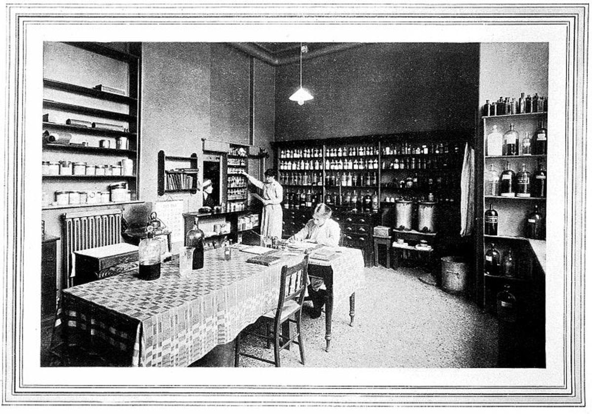 first-female-medical-doctor-elizabeth-blackwell